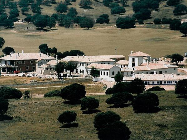 movial-construcciones-poblado-anguix4